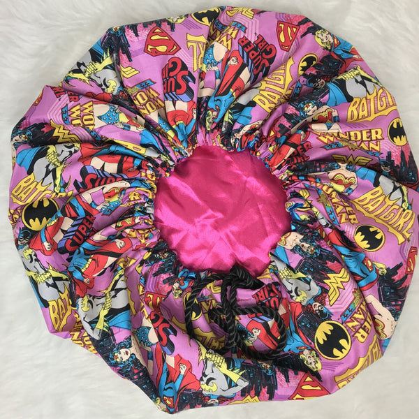 Wonder Woman Comics Bonnet