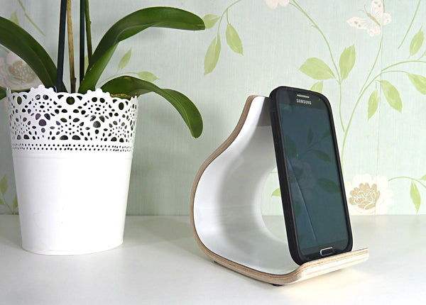 Smartphone / iPhone Stand
