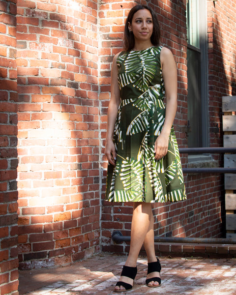 BOARDWALK SUMMER DRESS - GREEN (LEAVES)