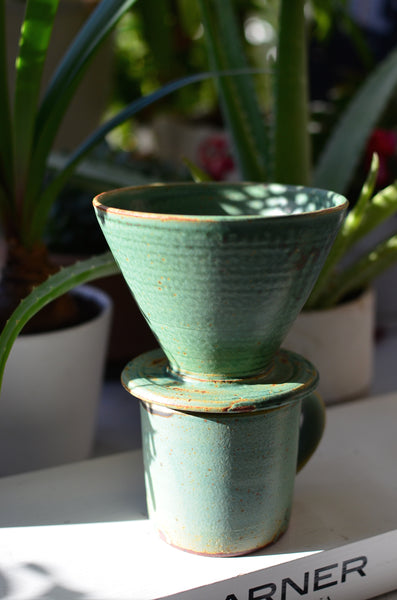 BUCKLAND CERAMICS - POUR OVER (SEA GREEN)