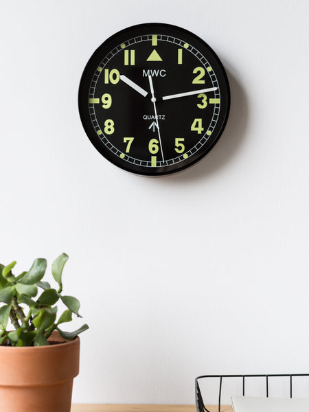 MWC - RETRO G10 PATTERN MILITARY WALL CLOCK