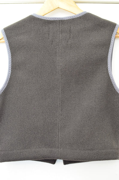 OWLA - JAPANESE SHERPA FLEECE (CROPPED VEST) - CHARCOAL OLIVE