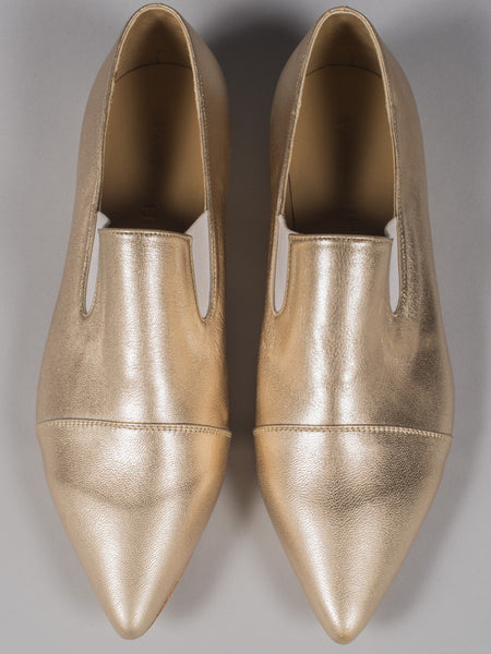 PAOLA HERNANDEZ - POINTED TOE LOAFER (GOLD)