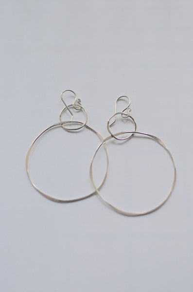 SIMPLY SVEA - STACKED DOUBLE-HOOP EARRINGS (14K GOLD FILLED / STERLING SILVER)