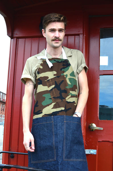 THE QUARTERMASTER APRON - CAMOUFLAGE / DENIM (UNISEX)
