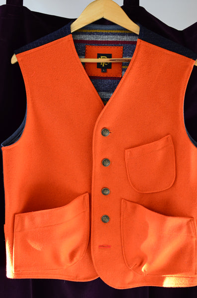 THE EXPLORER'S VEST - HUNTER ORANGE
