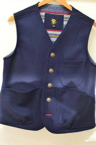 THE EXPLORER'S VEST - NAVY