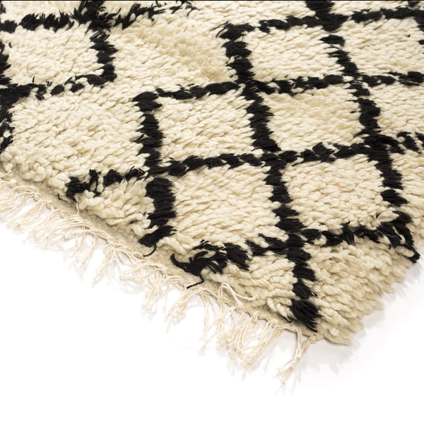 VINTAGE MOROCCAN RUG (BENI OURAIN MIDDLE ATLAS TRIBE) NATURAL/BLACK #2 - 3 X 4 FT
