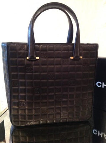 chanel quilted tote black leather