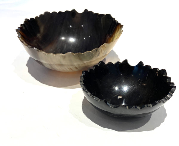 Torn Edge Horn Bowl Set