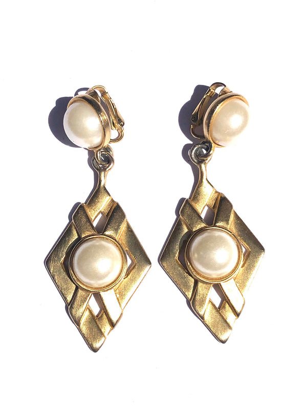 Vintage Faux Pearl Drop Clip Earrings