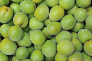 The Skin Care Benefits of Kakadu Plum