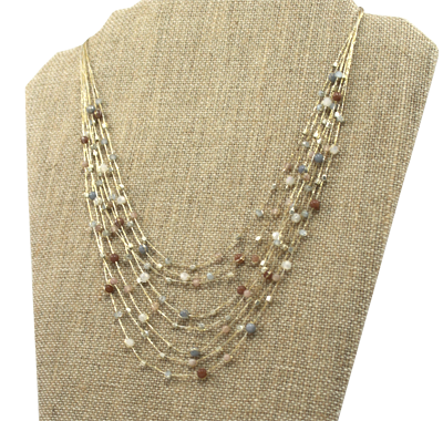 akha necklace in pearl