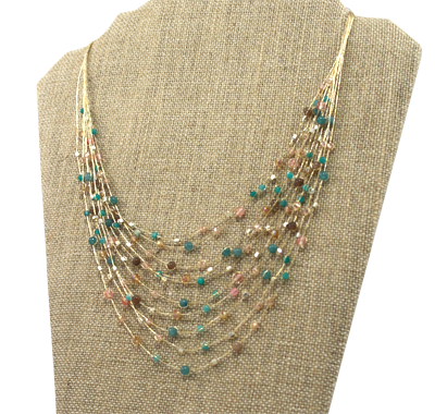 Akha necklace in shell