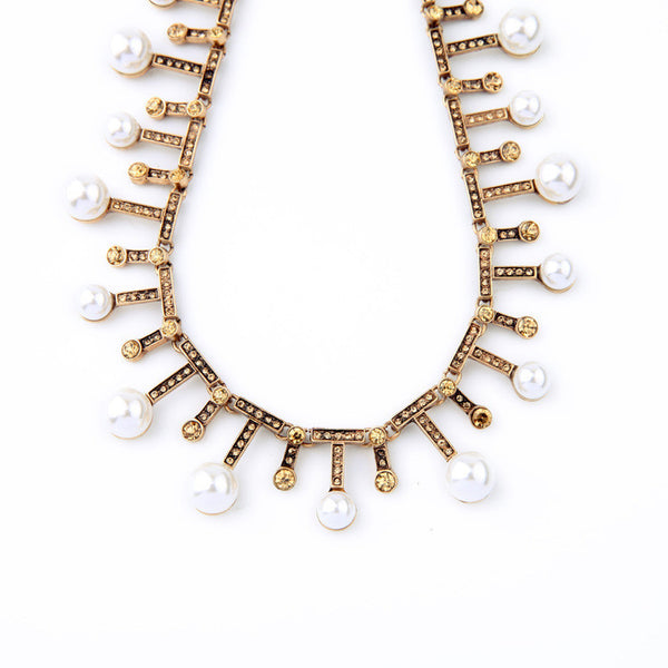 Aura Pearls Collar Necklace - Girl Intuitive