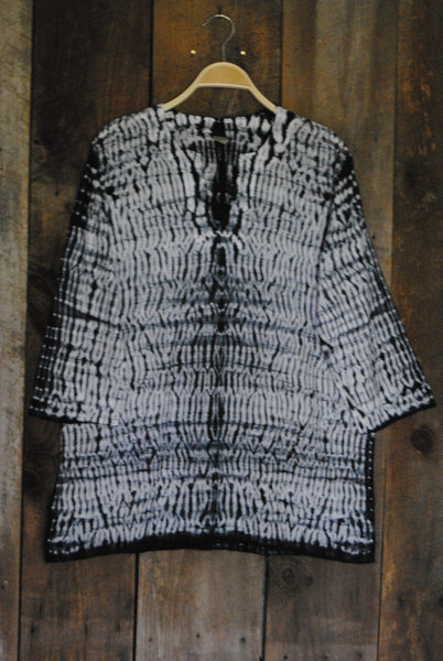 Black and White Shibori Tunic - Girl Intuitive