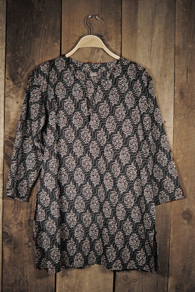 Cotton Print Tunic in Black and White Waves