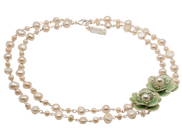 Delicate Fresh Waterpearl Necklace
