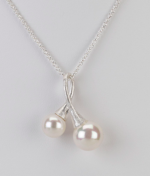 Double Pearl Charm Necklace silver