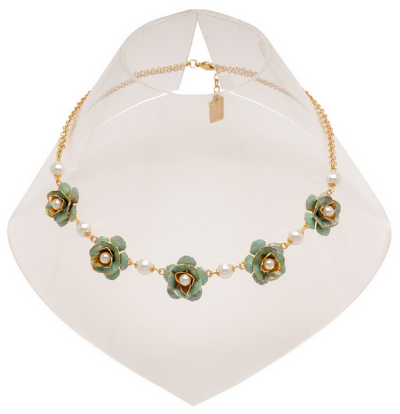 Flowers and Pearls Collar Necklace