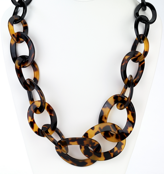 Graduated Tortoise Link Long Necklace