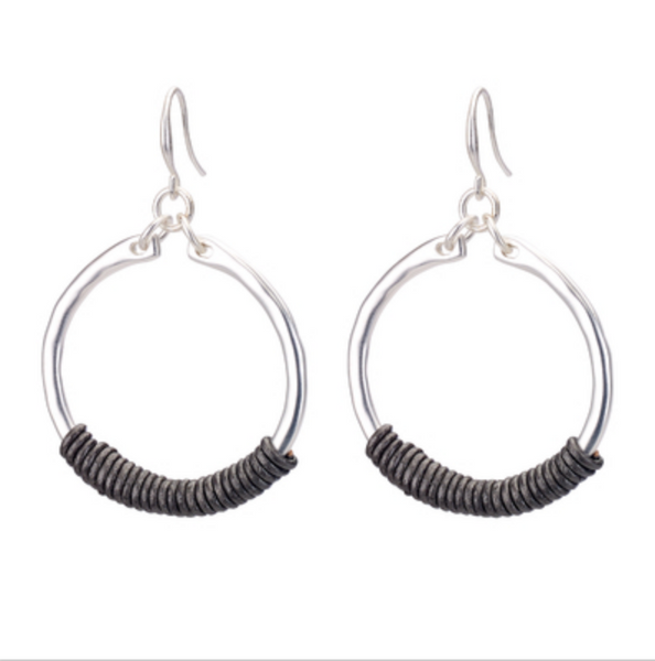 Hoop Earrings with Leather silver