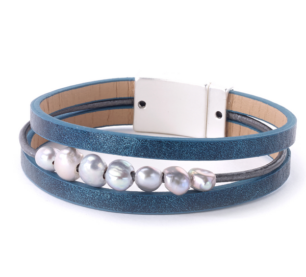 Leather Bracelet with FreshWater Pearls aqua
