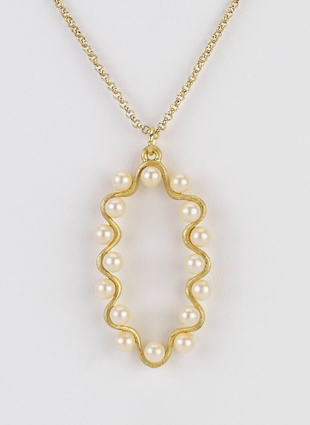 Oval Pendant Necklace with Pearl Swirl