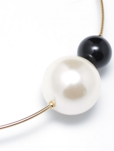 Polished Pearl Choker