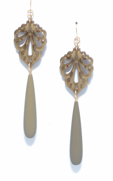 Pushing Petals Earrings tan