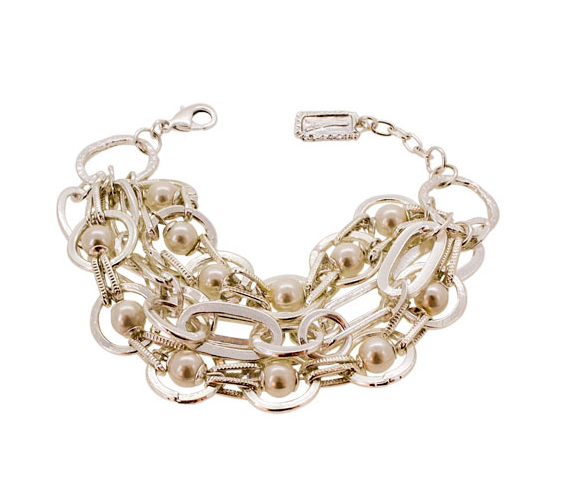 Chunky Chain Bracelet with Pearls