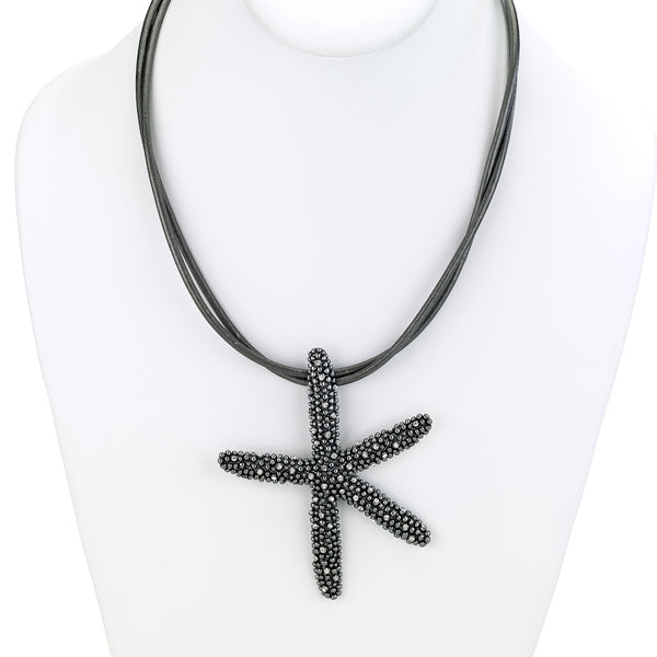 Short Leather Necklace with Starfish Pendant black