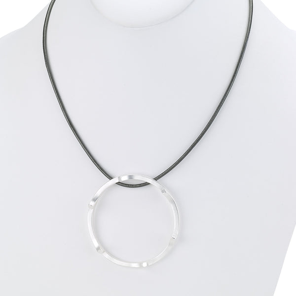 Short Modern Necklace with Modern Ring silver