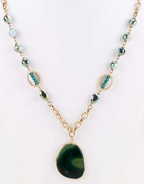 Stone Pendant Long Necklace Green