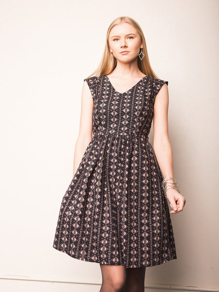 Aurora V-Neck Dress Black - Girl Intuitive