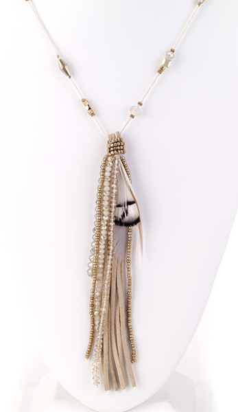 Feather Pendant Necklace white