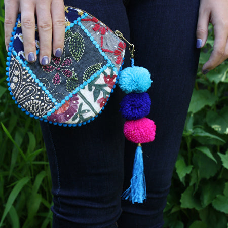 Kutch Pom Pom Coin Purse model
