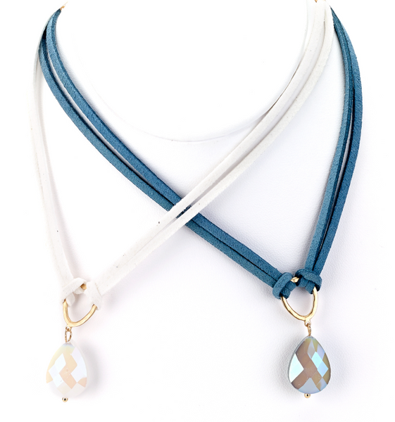 Leather Choker with Teardrop Pendant white and blue