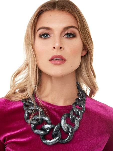Metallic Marbled Chunky Linked Collar Necklace model