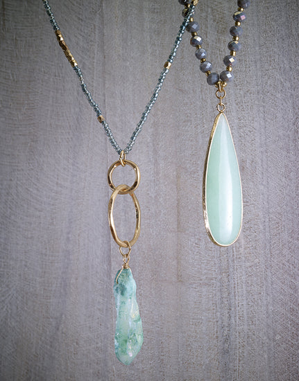 Pendant crystal necklaces