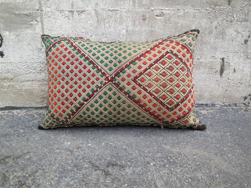 'ARETHA'  BERBER WOOL PILLOW - Maven Collection
