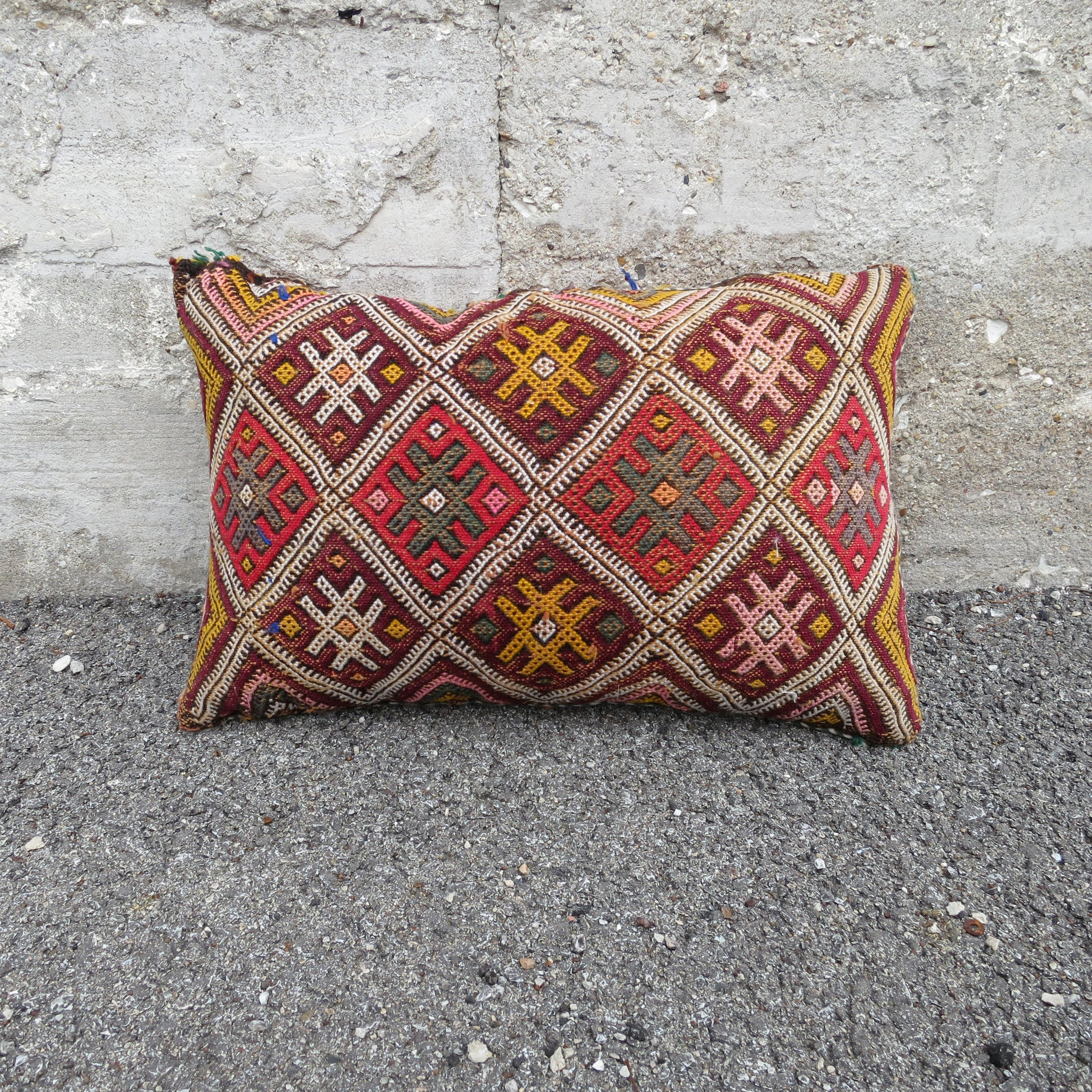 'KETCHUP & MUSTARD'  BERBER WOOL PILLOW - Maven Collection