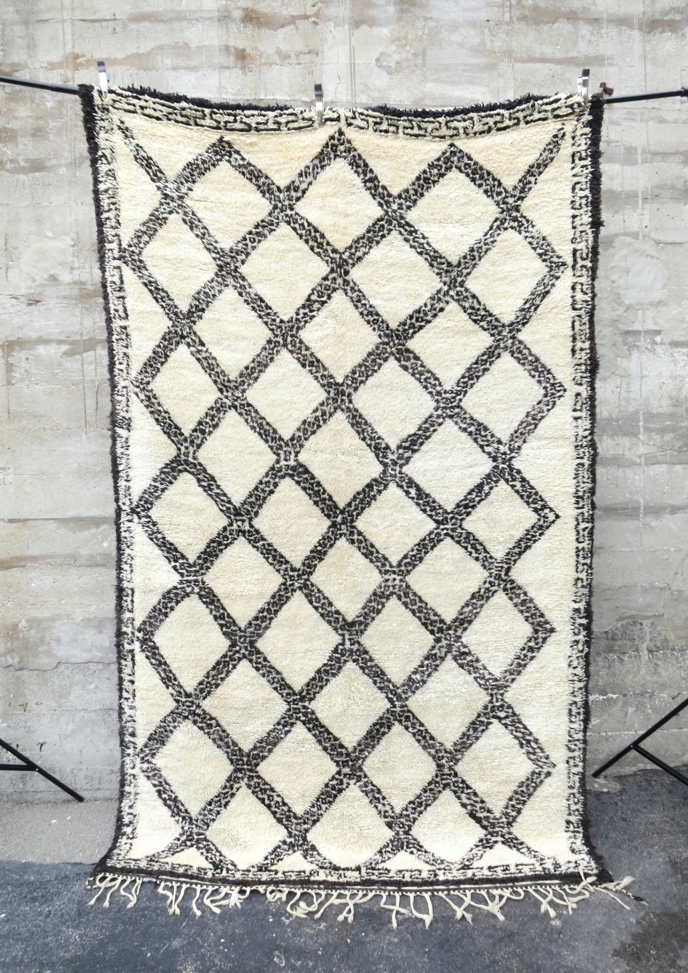 CROSS ROADS  Vintage Moroccan Beni Ourain Rug - Maven Collection