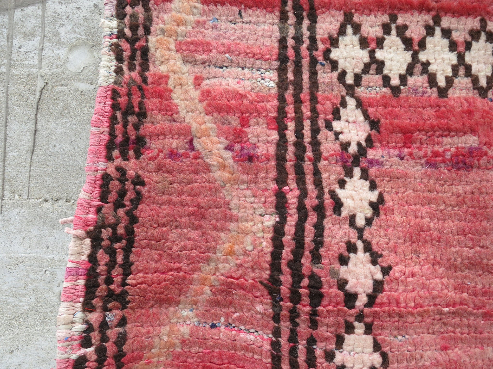 'Dusty Rose' Vintage Berber Rug - Maven Collection