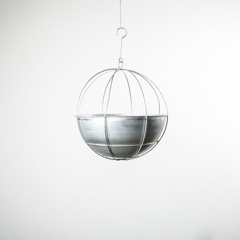 circular metal hanging planter