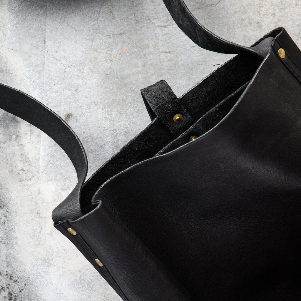 Downtown Messenger Bag