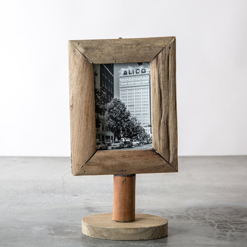 wood frame on stand - Wood Frame