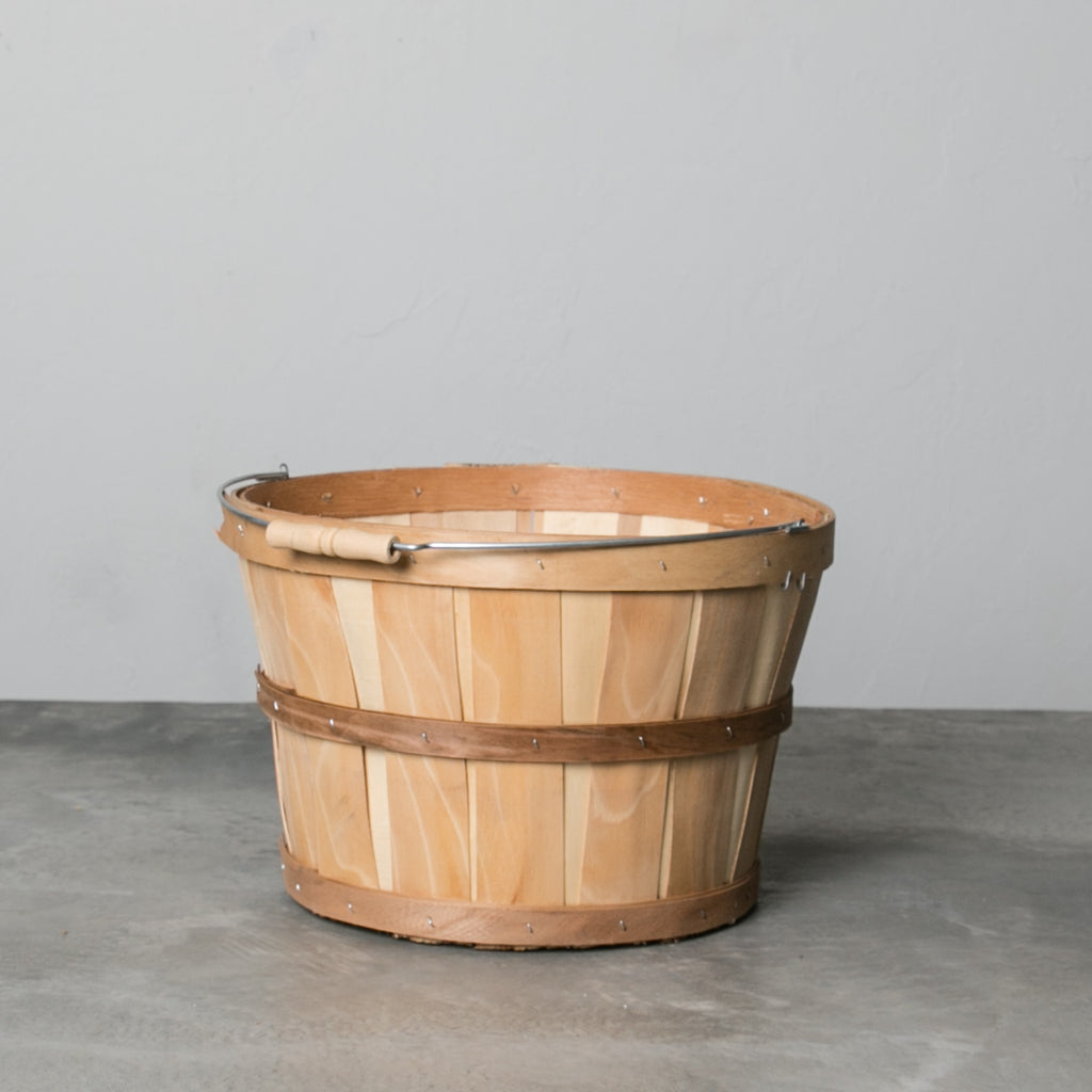 Small Magnolia Bushel Basket with Handle