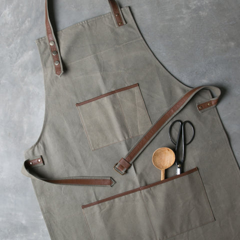 Magnolia Canvas and Leather Apron