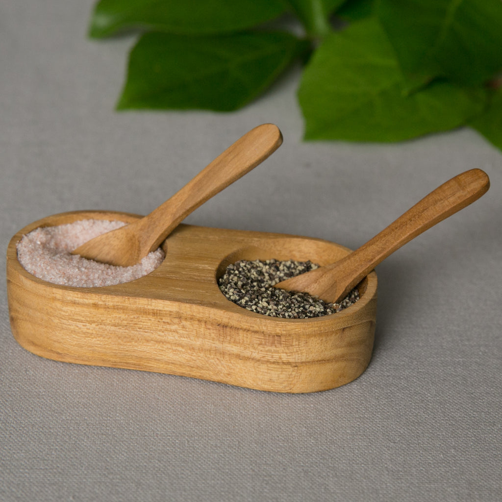 teak salt and pepper holder with spoons